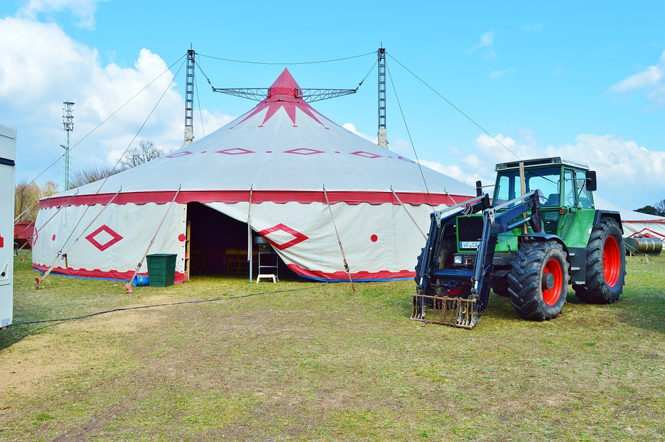 Circus, Building, Tent, 2 Pole Tent, Tractor