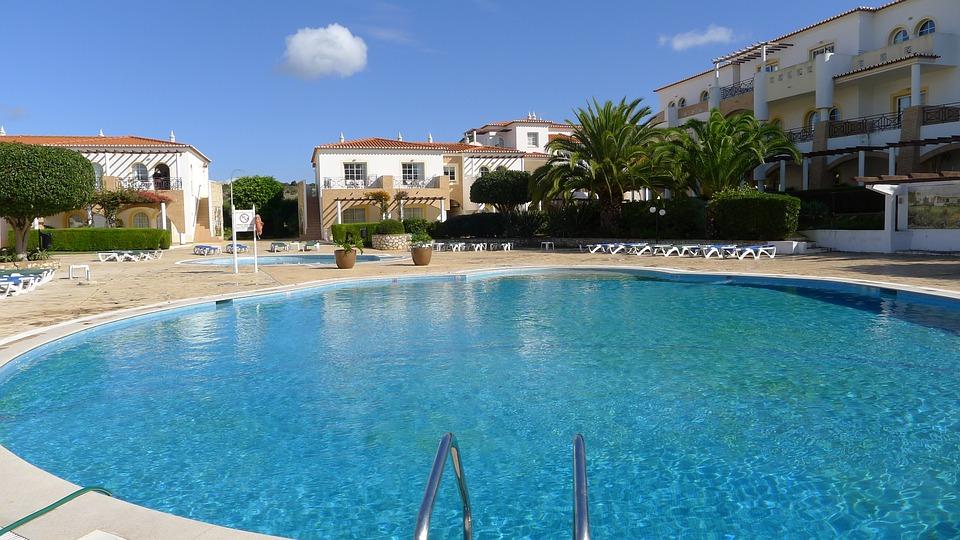 Swimming Pool, Cloud, Algarve