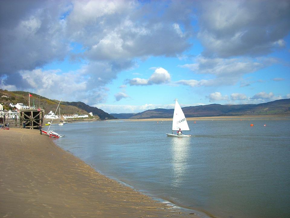 Sea, Ocean Water, Summer, Sky, Clouds, Sailboat, Nature