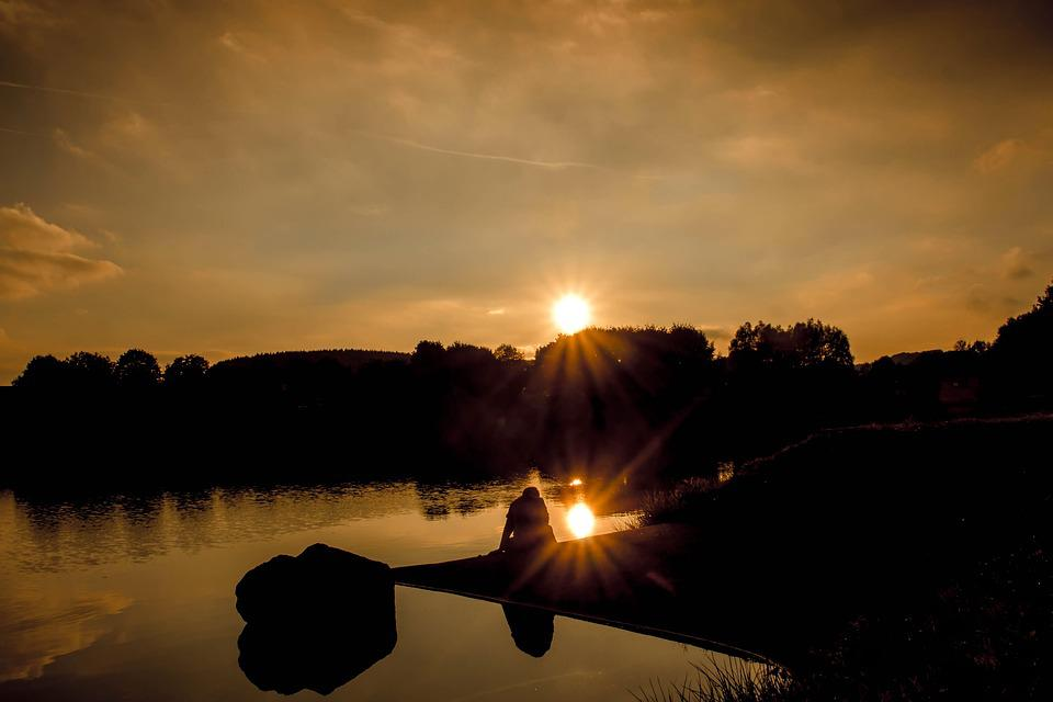 Sunset, Sun, Rays, Sunbeam, Lake, Sky, Clouds