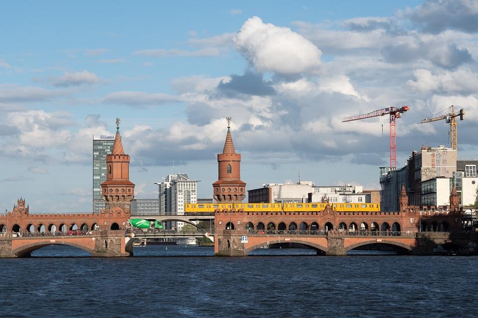 Berlin, Bridge, Oberbaumbrücke, Metro, Traffic, Clouds