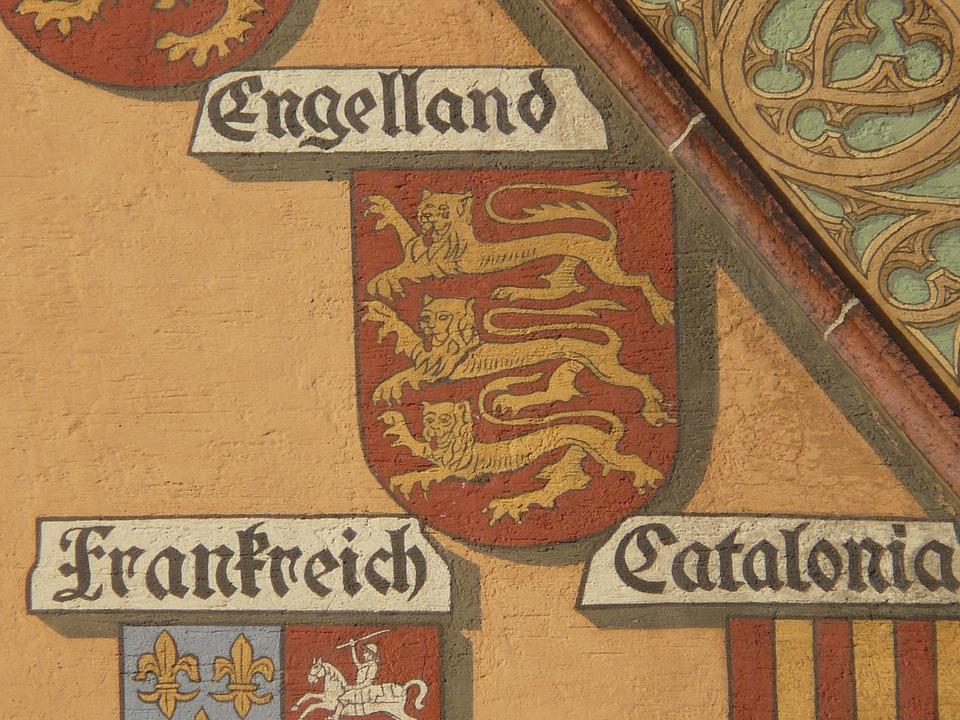 Facade, Building, Coat Of Arms, Engelland, Pinnacle