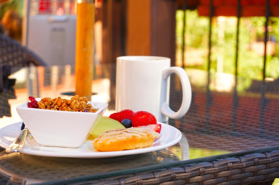 Breakfast, Coffee, Muffin, Cake, Strawberry