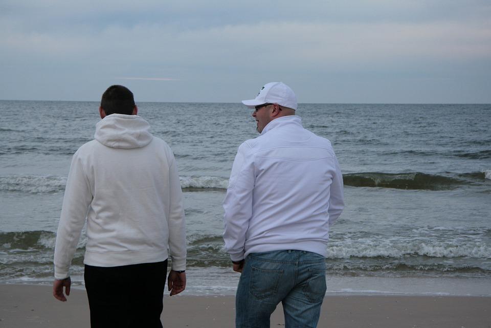 Move, Immediately, Beach, Cold, Baltic Sea, Friends