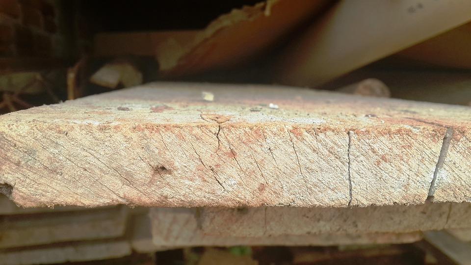 Wood, Tabua, Construction