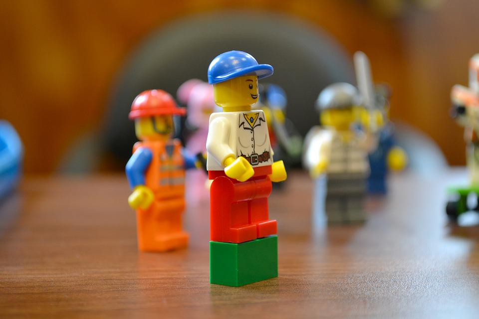 Free Photo Construction Worker Toy