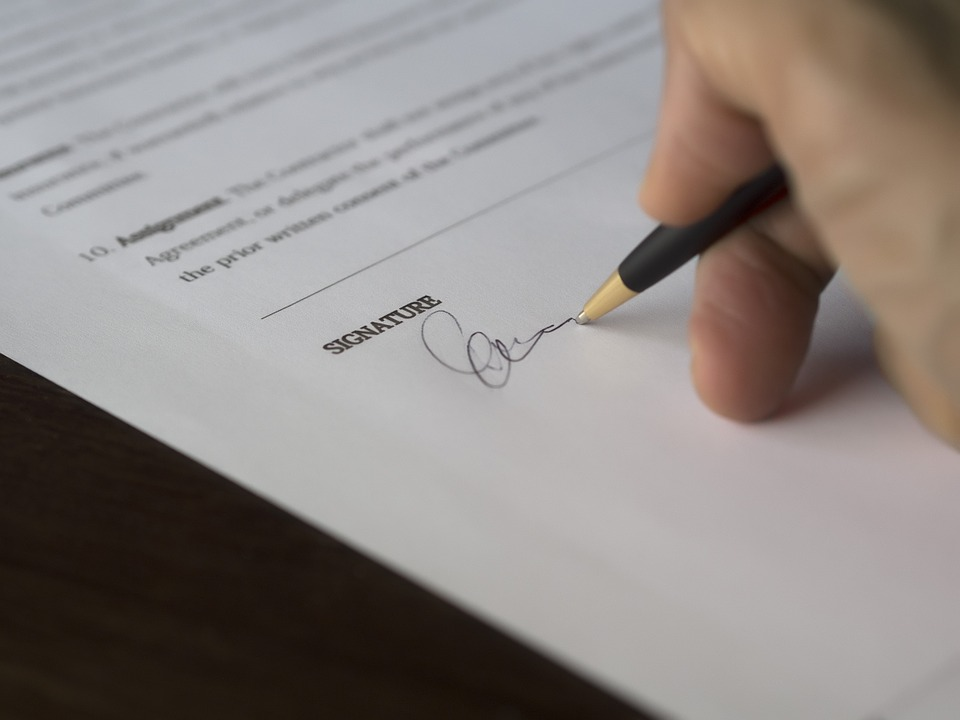 Drop the pen. Do not sign off on a rent to own contract until you've checked off everything on this list.