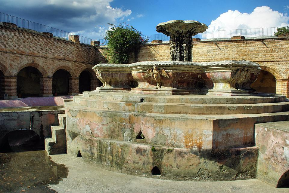 Guatemala, Antigua, Convent, Merced, Cloister, Fountain