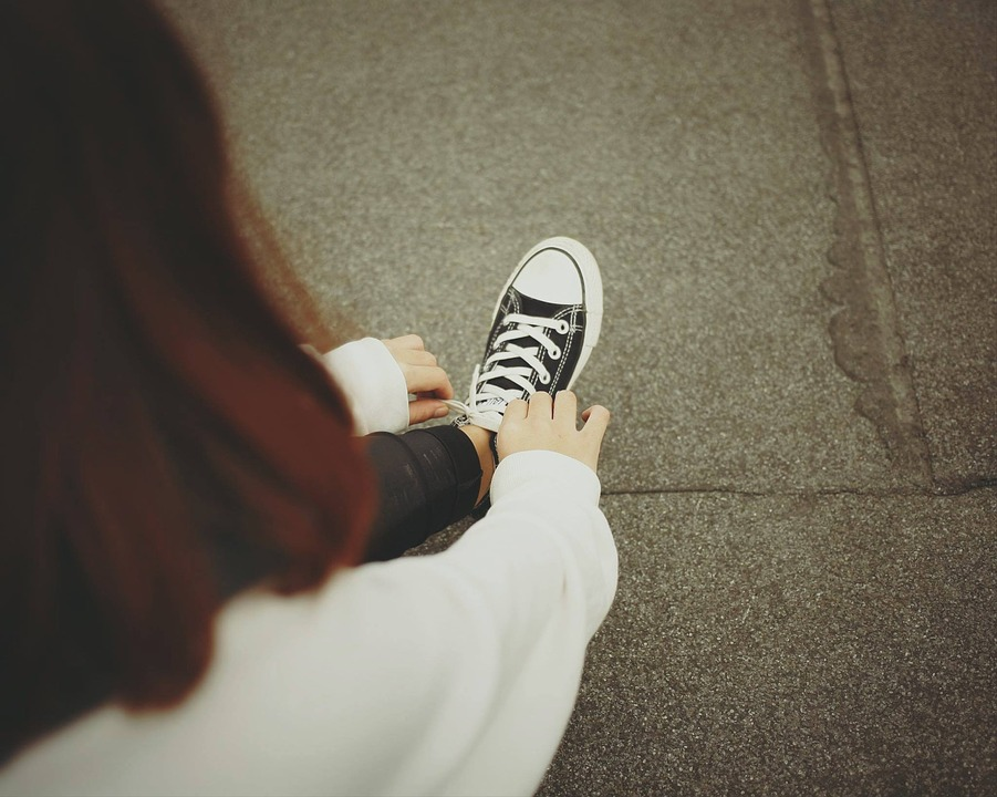 People, Woman, Sneakers, Shoes, Converse, Tie, Sholace