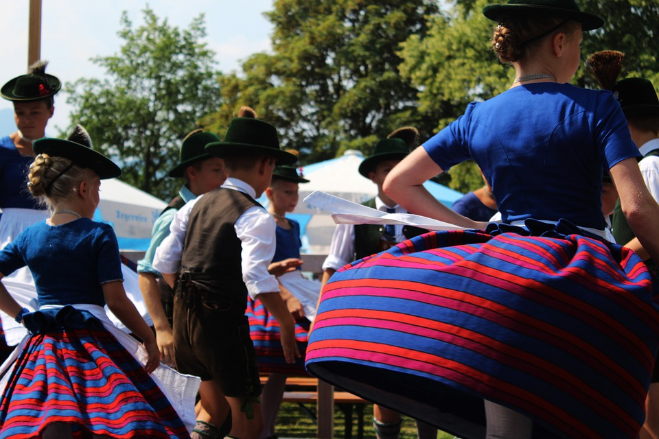 Costumes, Folk Dance, Dirndl, Leather Pants, Tradition