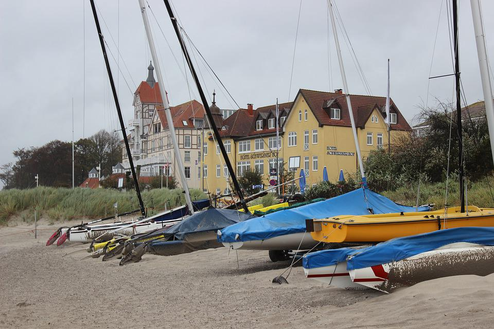 Seaside Resort, Boats, Country Houses, Wind, Weather