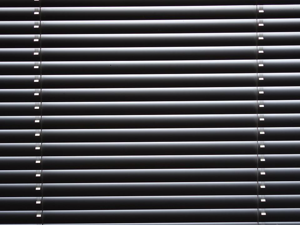 grey window blinds grey colour venetian blinds sun visor stripes grey course free photo visor grey blinds stripes max pixel