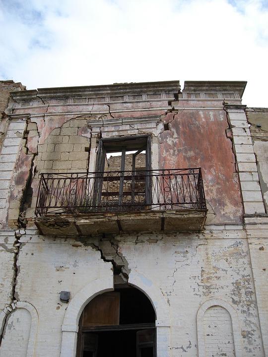 Craco Village, Earthquakes, Lost, Earthquake Impact