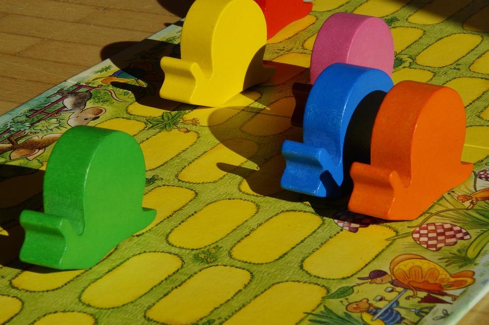 Snails, Snail Race, Worm Game, Play, Toys, Craps