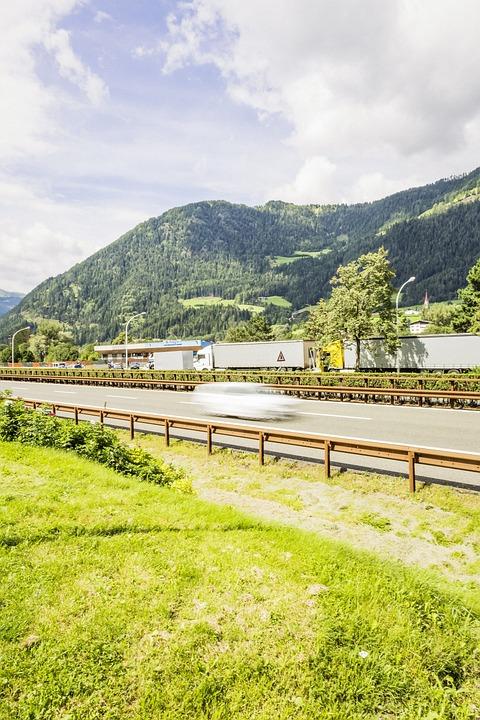 Highway, Crash Barriers, Vehicles, Pkw, Asphalt