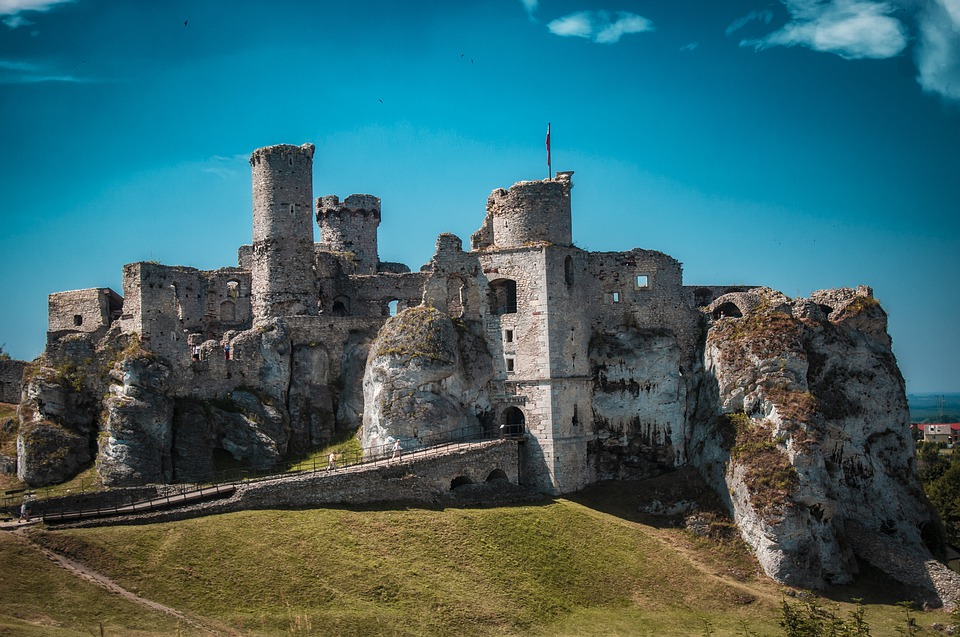 Castle, The Ruins Of The, Crash, The Middle Ages, Old