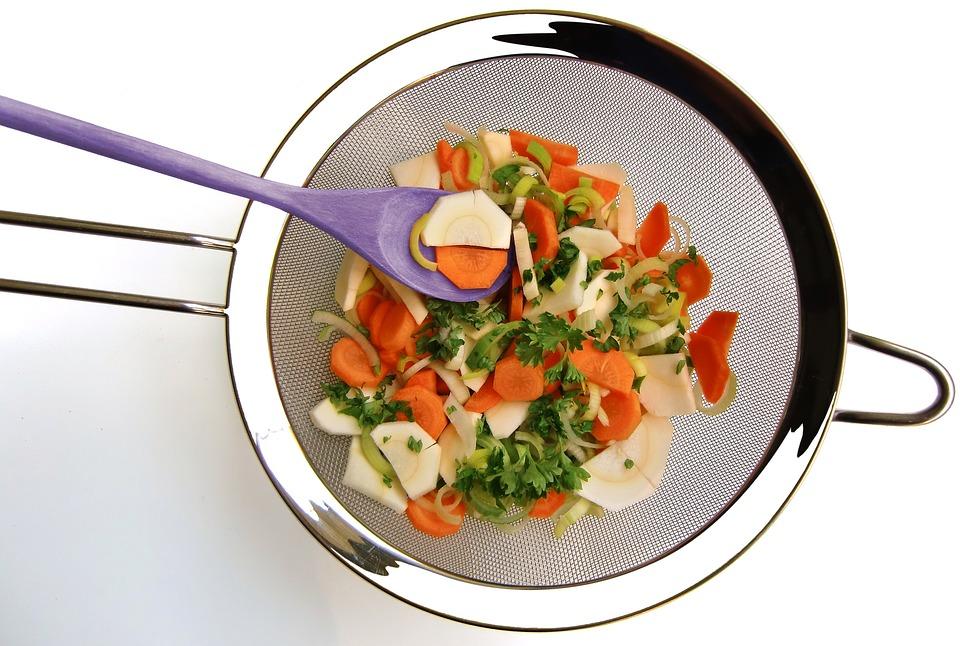 Sieve, Vegetables, Wooden Spoon, Cook, Kitchen, Cut