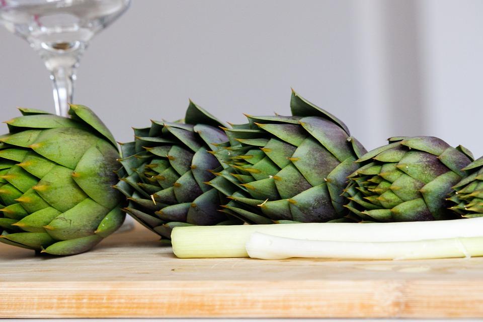 Artichokes, Cutting Board, Onions, Vegetables, Organic