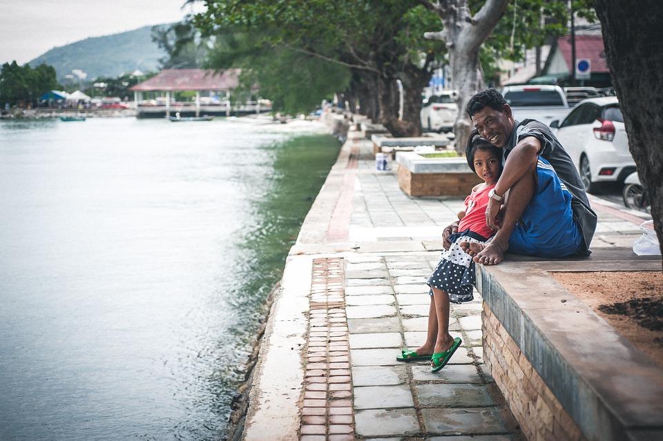Family, Thailand, Thai, Dad, Daughter, Water, Sea, Pier