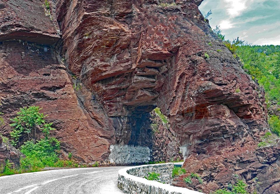 Daluis Gorges, Red Rocks, Transit, Breakthrough