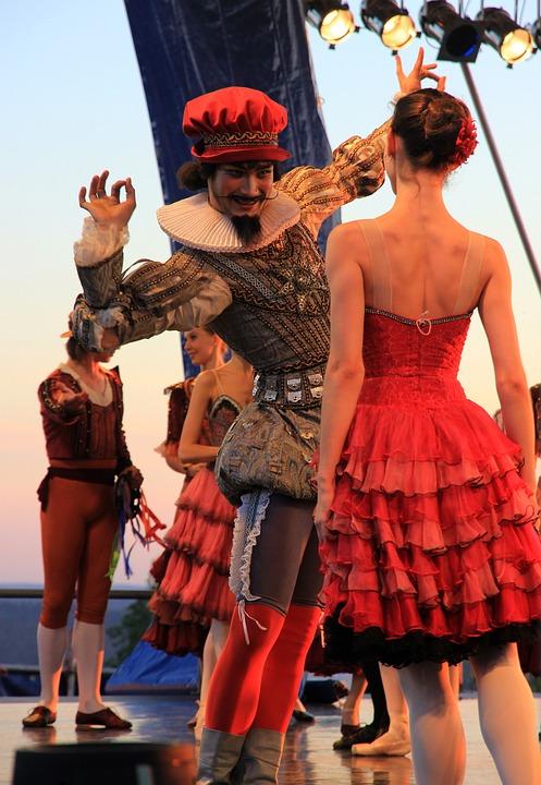 Scene, Ballet, Dancers, Couple, Address By, Evening