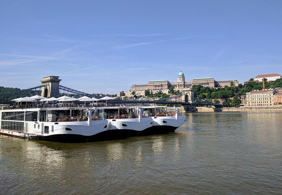 Free photo Danube Royal Palace Budapest Cruise Ship - Max Pixel