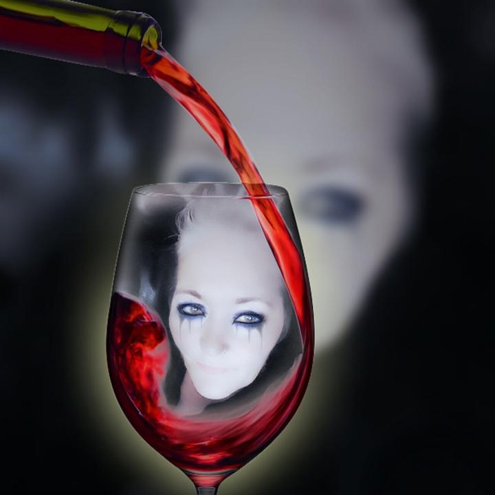 Wine, Alcohol, Horror, Black, Dark, Glass, Vampire