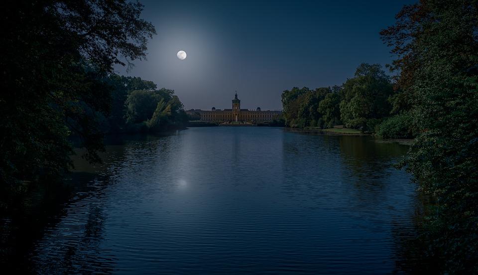 Night, Dark, Castle, Building, Castle Park, Sky, Moon