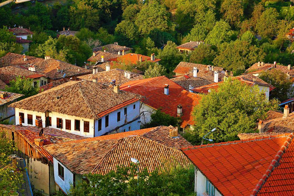 Architecture, Roof, Home, On, Date, Building, City