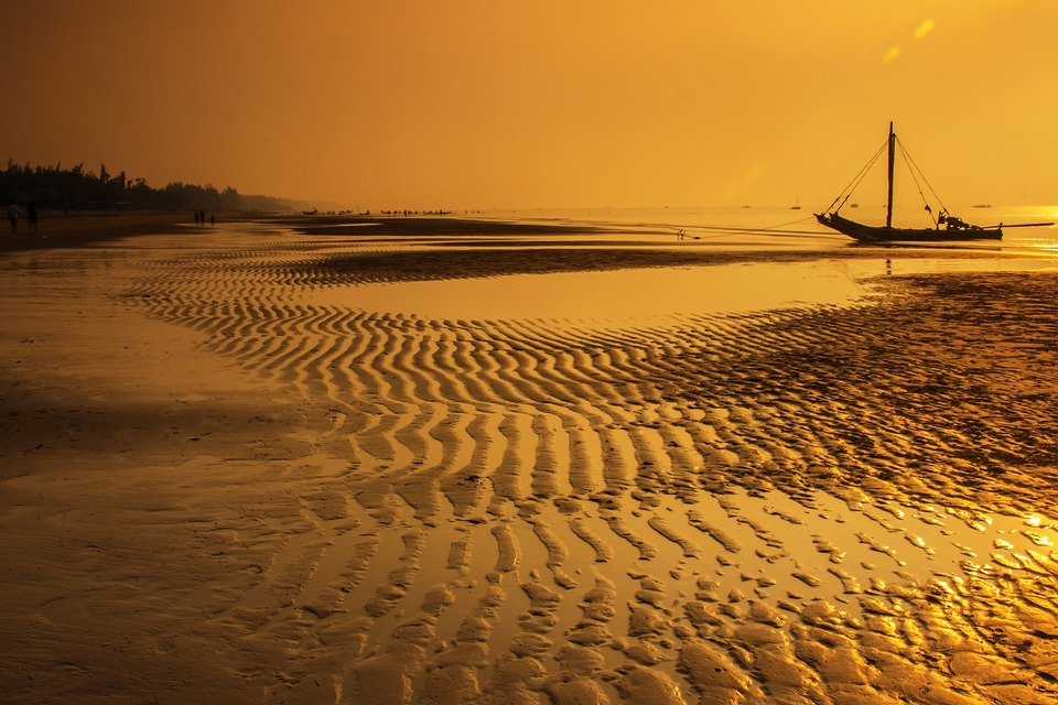 Vietnam, Beach, Dawn, Som Son Beach, Thanh Hoa, Sunrise