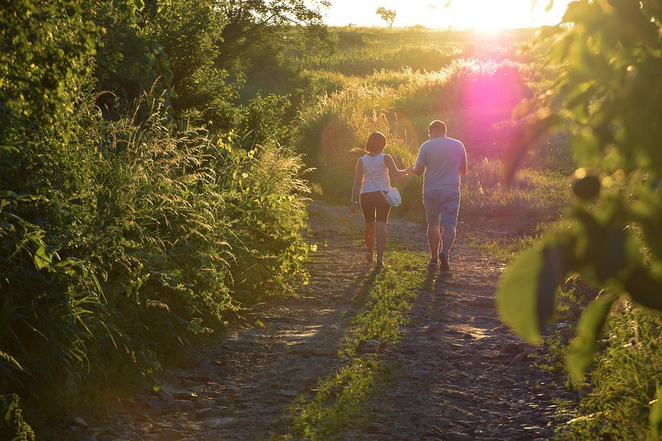 Walk, Day S, Romanticism, A Couple Of, Young Couple