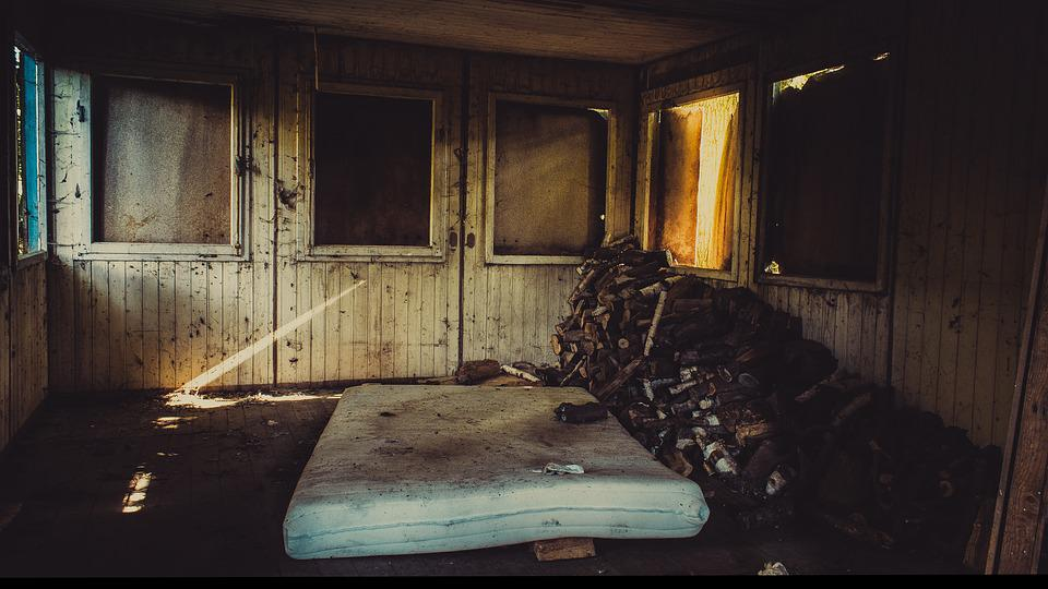 Lost Places, Old, Abandoned, Decay, Hut, Bed