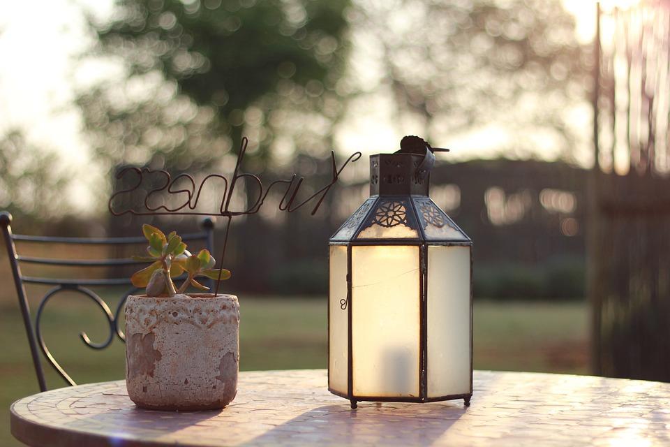 Decoration, Kindness, Text, Décor, Table, Lamp
