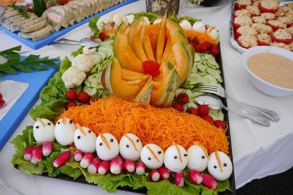 Rawness, Decorated Eggs, Chicks, Buffet