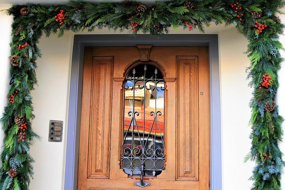 Entrance Wood Decorative Entrance Doors Garland & Free photo Decorative Entrance Doors Garland Entrance Wood - Max Pixel