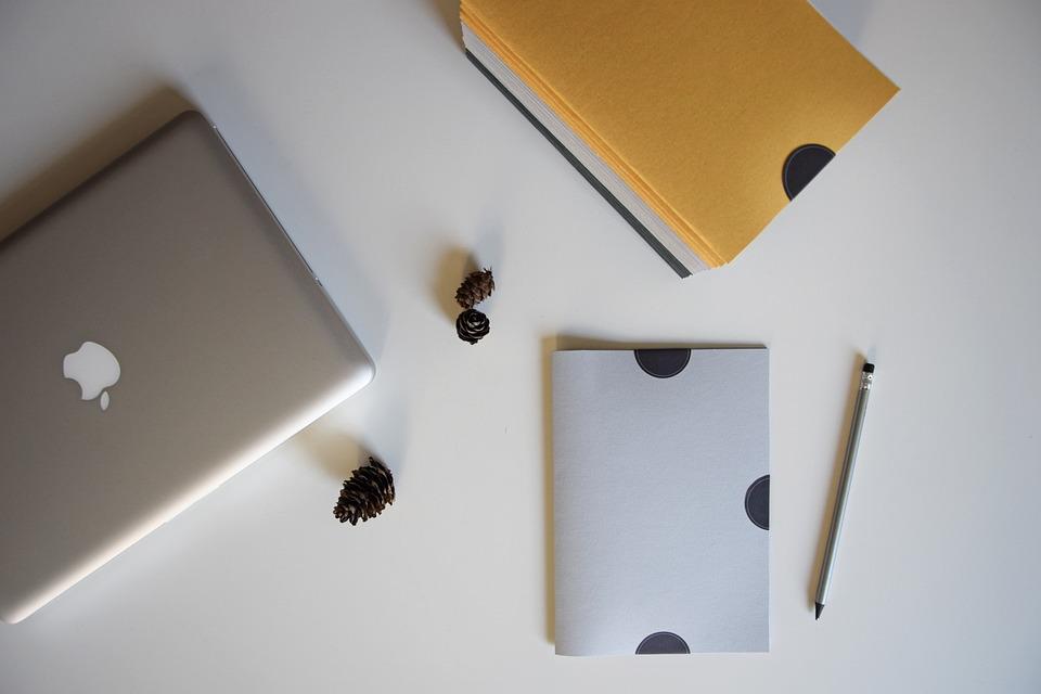 Desk, Computer, Folder, Portable, Office, Business