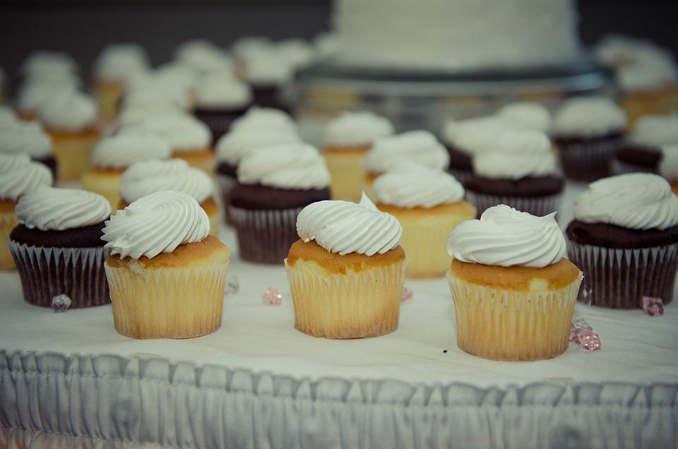 Cupcakes, Desserts, Vanilla, Chocolate