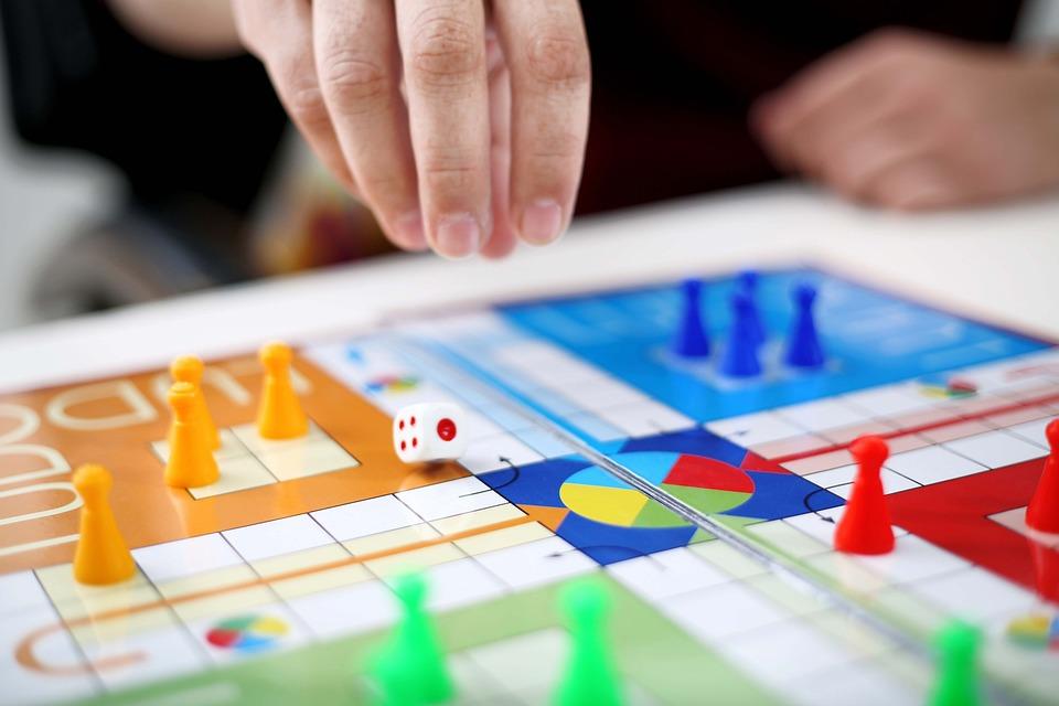 Man, Play, Game, Person, Ludo, Dice, People, Fun, Green