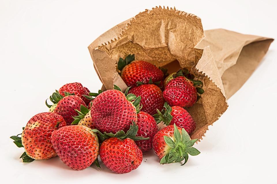 Strawberries, Fresh Fruit, Dessert, Red, Healthy, Diet