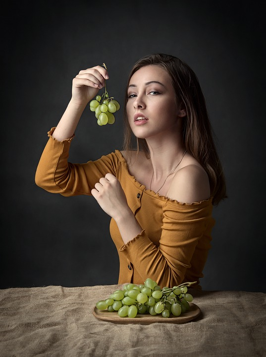 Girl, Grapes, Woman, Beauty, Eating, Fruit, Diet, Raw