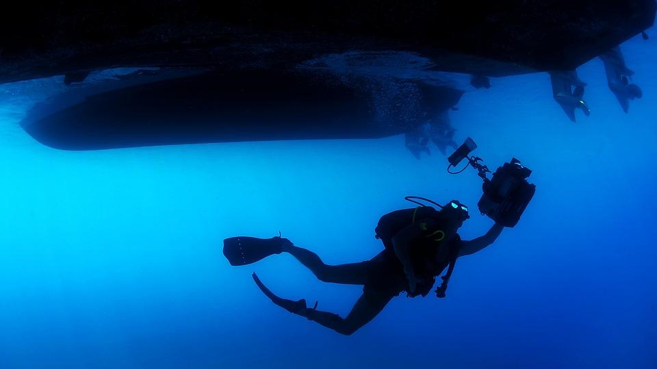 Diver, Diving, Swimming, Sea, Ocean, Water, Ship