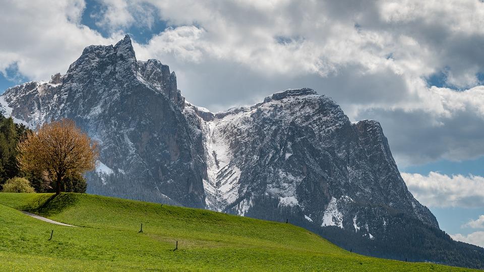 Santner Peak, Schlern, South Tyrol, Snow, Dolomites