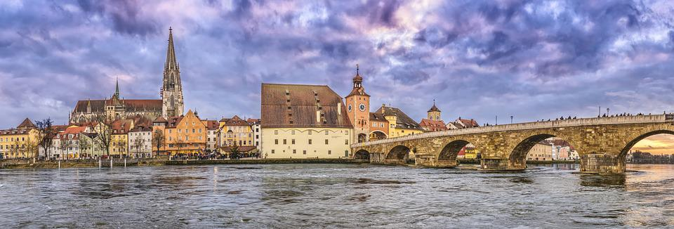 Regensburg, Stone Bridge, Dom, Regensburg Cathedral