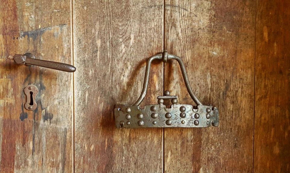 Door, Door Handle, Door Knob, Doorknocker, Wooden Door