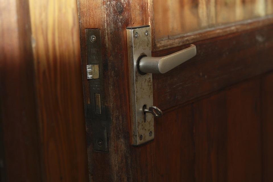 Lock Door Security Key Safety Open Unlock & Free photo Door Lock Unlock Key Open Security Safety - Max Pixel