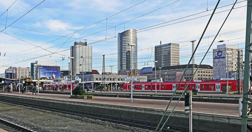 Dortmund, Hbf, Skyline, Hochaeuser, Center, Track Climb
