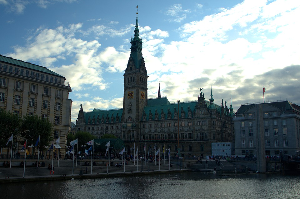 Hamburg, Town Hall, Downtown, Channel, Water