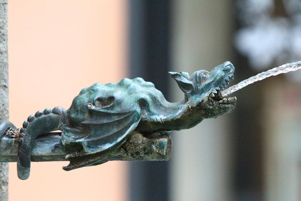 Dragon, Water Dispenser, Water, Speiend