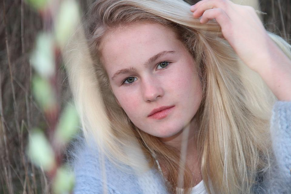 Girl, Blonde, Nice, Dreamy, Green Eyes, Child, Portrait