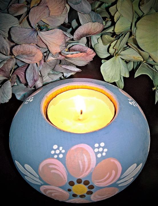 Light, Tealight, Dried Hydrangea Flowers